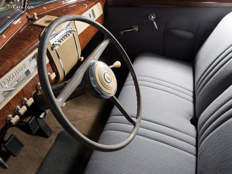 110 Wallpapers 2: Packard 110 2-door Touring Sedan 1941 Wallpapers (800x600