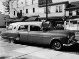Photos of Packard 300 Ambulance by Henney (2413-5194) 1951