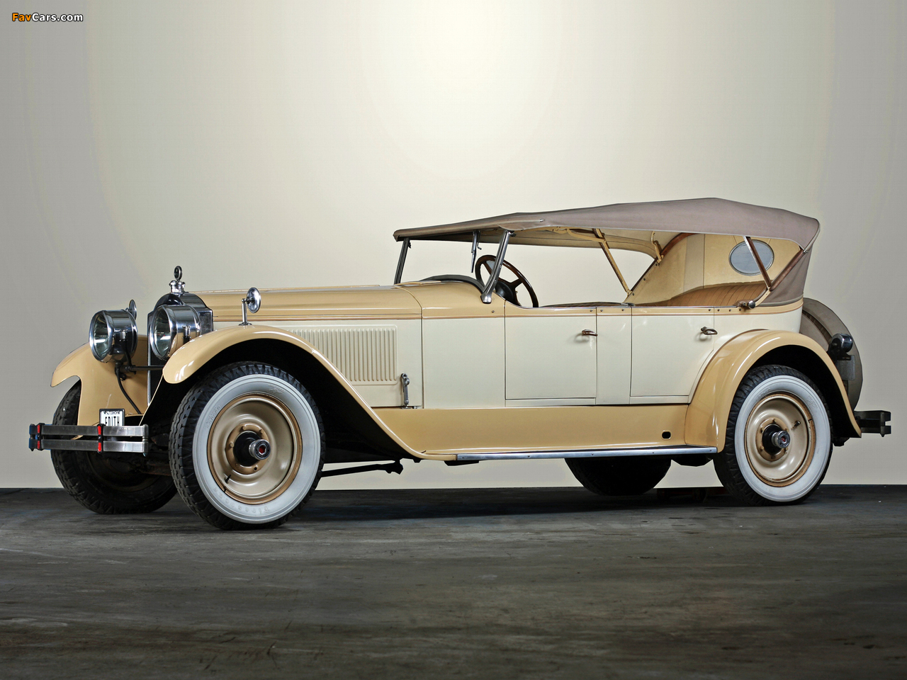 Packard Touring Car