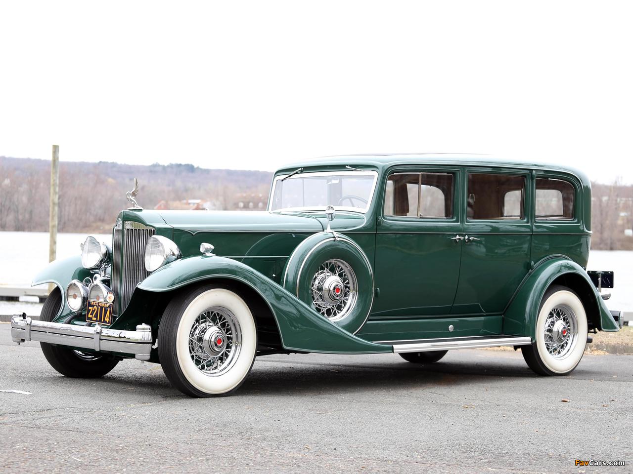Images of 1933 Packard Super Eight 7-passenger Sedan (1004-654) 1933 (1280 x 960)