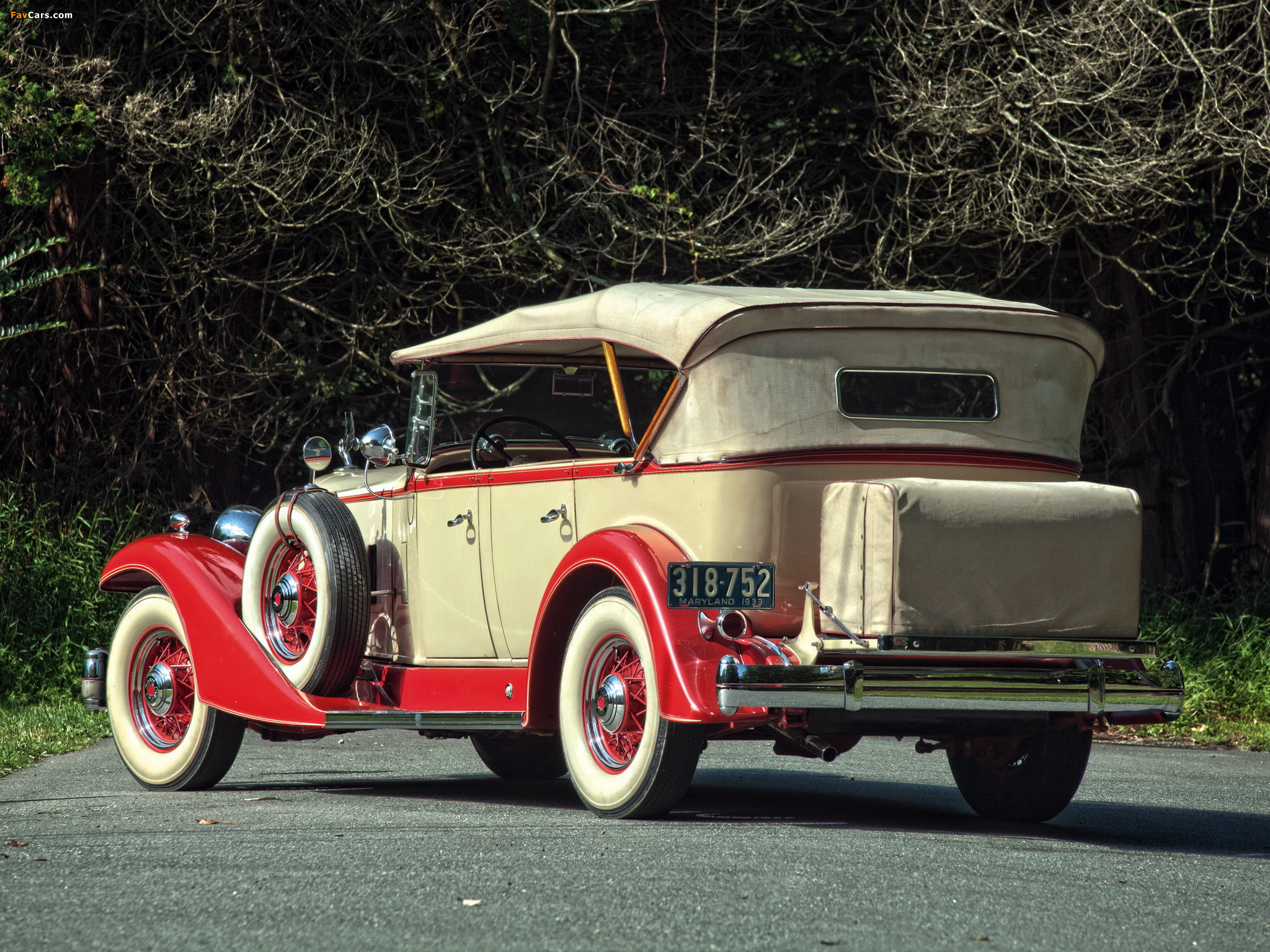 Packard Super Eight Touring (1004-650) 1933 images (2048 x 1536)