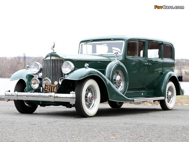 1933 Packard Super Eight 7-passenger Sedan (1004-654) 1933 wallpapers (640 x 480)