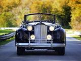 Images of Packard Twelve Convertible Sedan (1608-1153) 1938