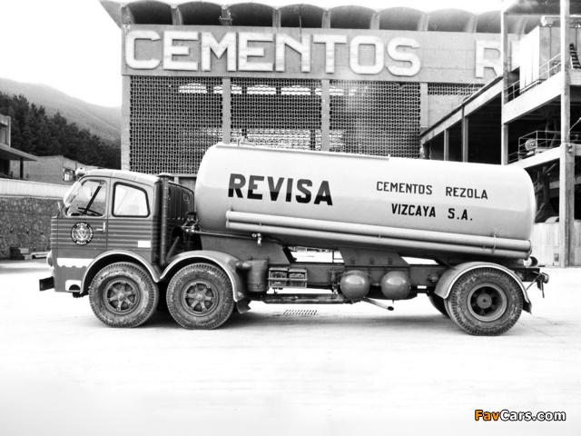Pegaso 1063 6x2 Tanker 1962–69 wallpapers (640 x 480)