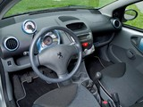 Peugeot 107 Urban Style 3-door 2010 photos