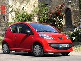 Photos of Peugeot 107 3-door 2005–08