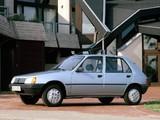 Peugeot 205 5-door 1983–98 images