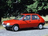 Photos of Peugeot 205 5-door 1983–98