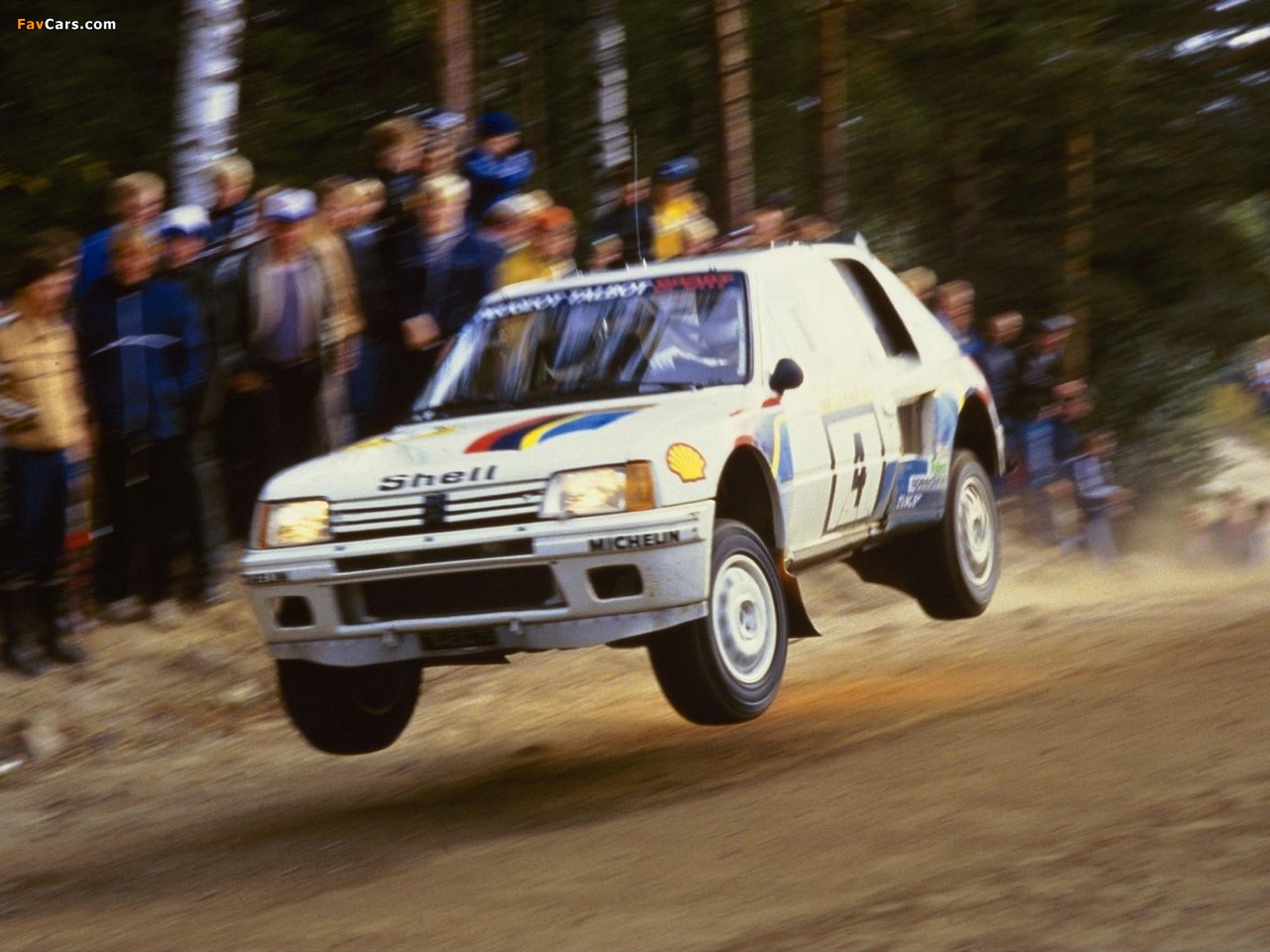 Pictures of Peugeot 205 T16 Rally Car 1984–85 (1280 x 960)