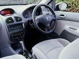 Peugeot 206 5-door UK-spec 2003–05 photos