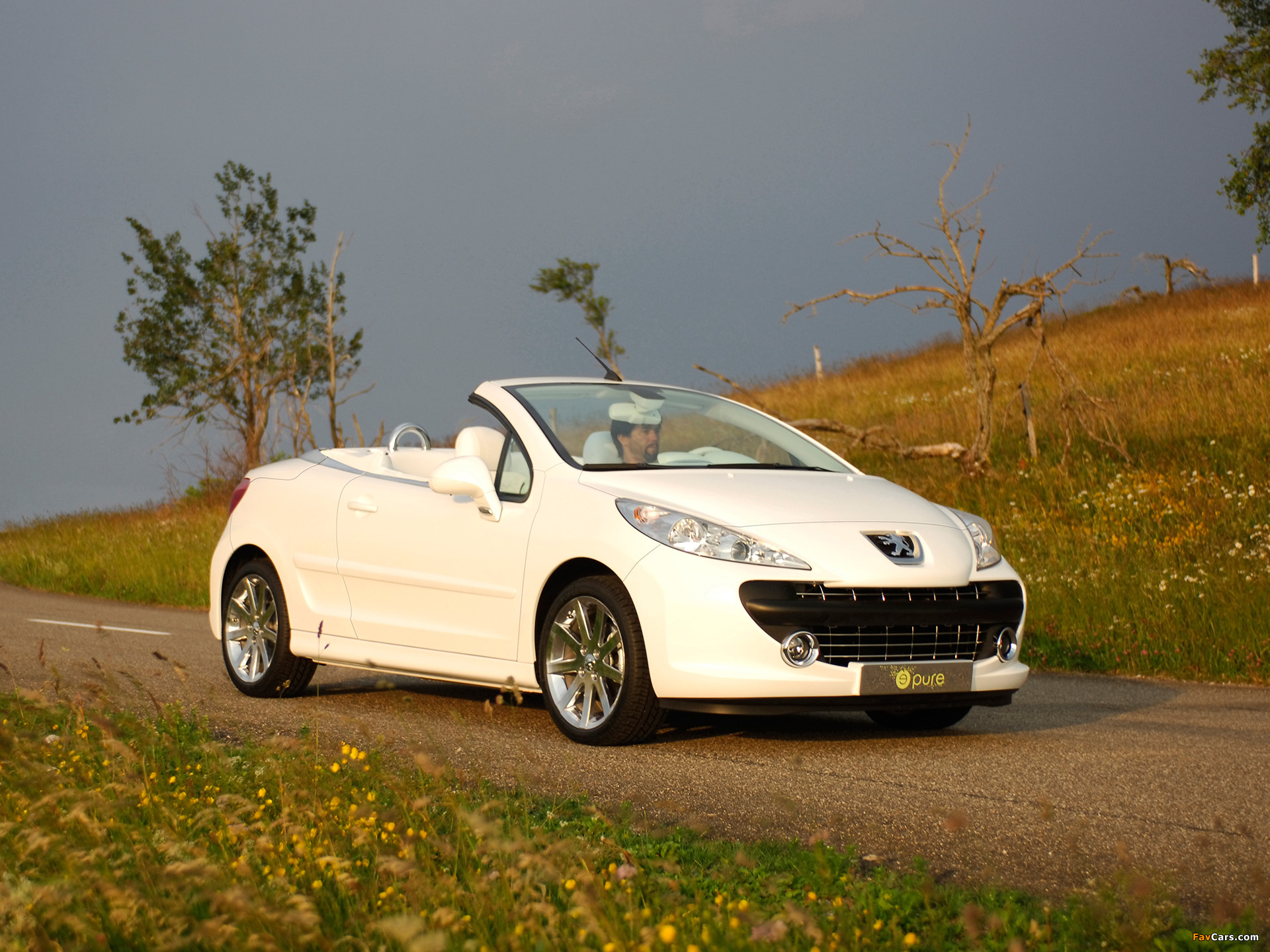 Peugeot 207 Epure Concept 2006 wallpapers (1920 x 1440)