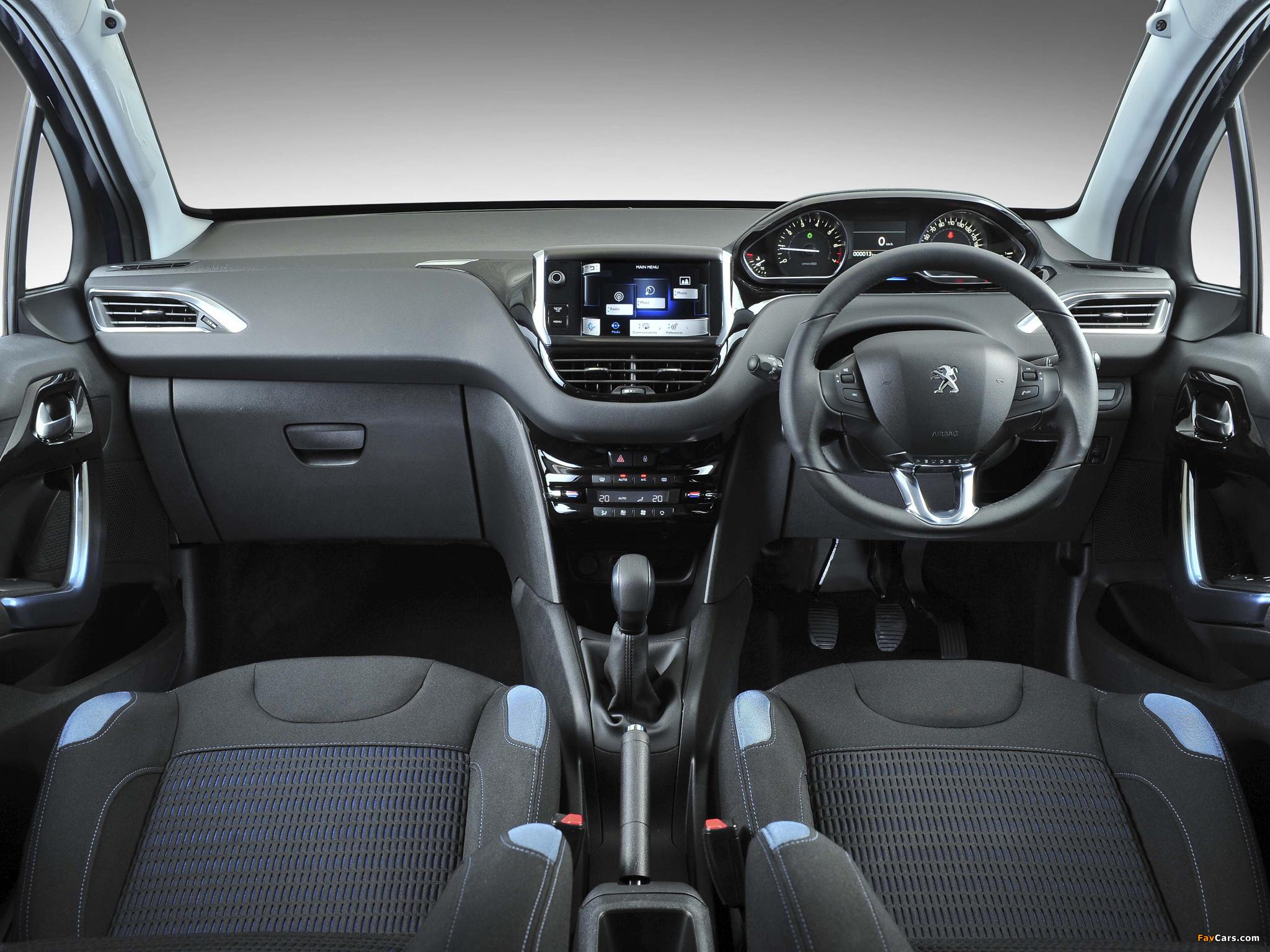 Peugeot 208 5-door ZA-spec 2012 photos (2048 x 1536)
