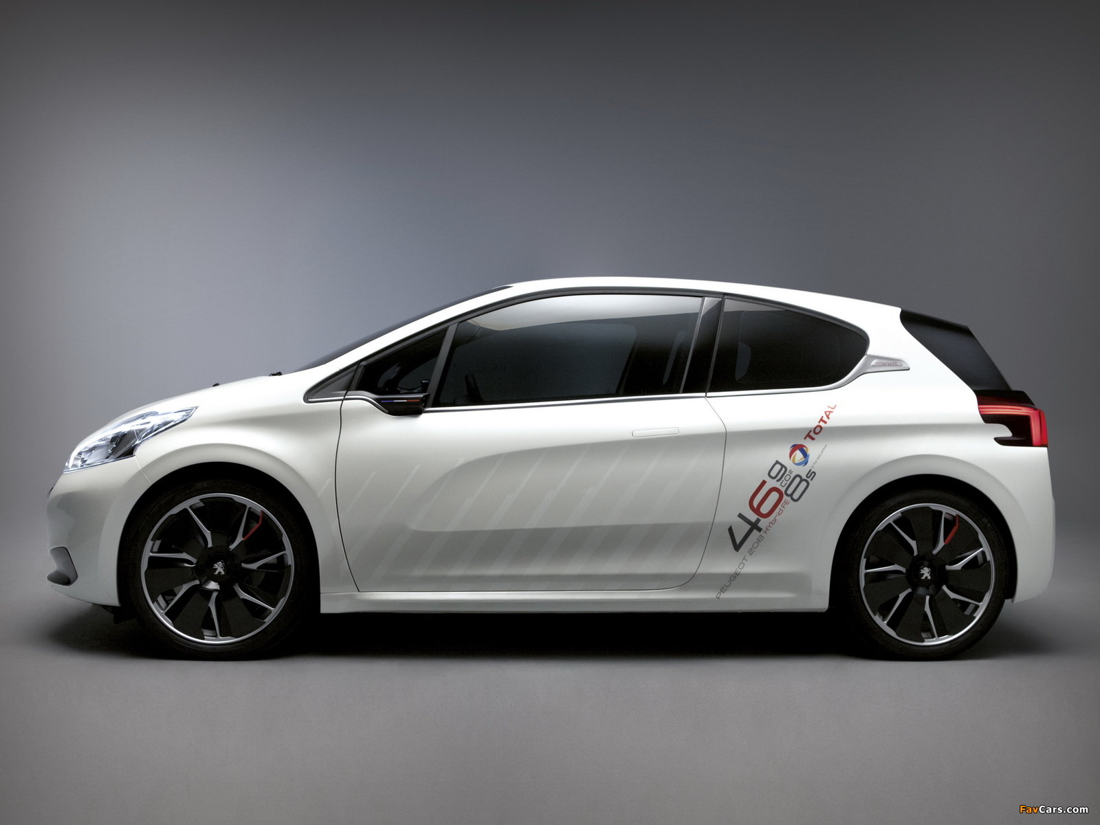 Peugeot 208 HYbrid FE Concept 2013 pictures (1600 x 1200)