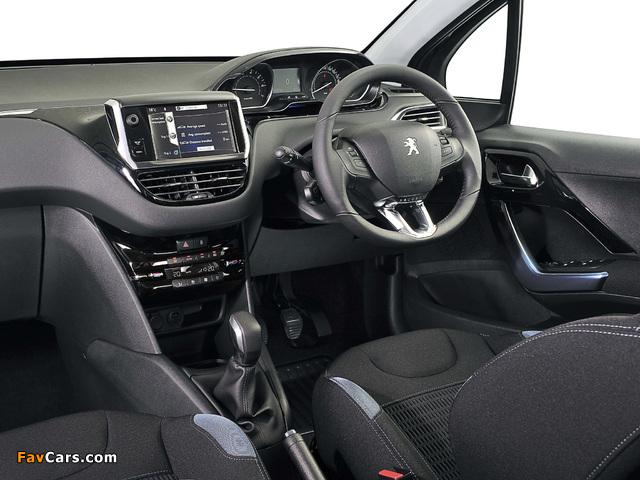 Photos of Peugeot 208 5-door ZA-spec 2012 (640 x 480)