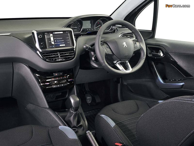 Photos of Peugeot 208 5-door ZA-spec 2012 (800 x 600)