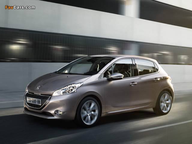 Peugeot 208 5-door 2012 wallpapers (640 x 480)