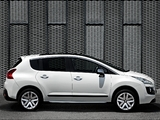 Pictures of Peugeot 3008 HYbrid4 2011
