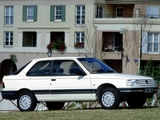 Photos of Peugeot 309 3-door 1989–93