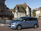 Images of Peugeot 5008 2009