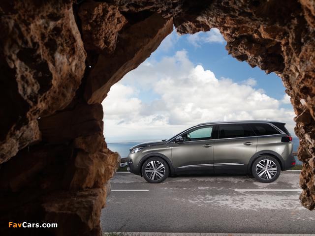 Photos of Peugeot 5008 GT 2017 (640 x 480)