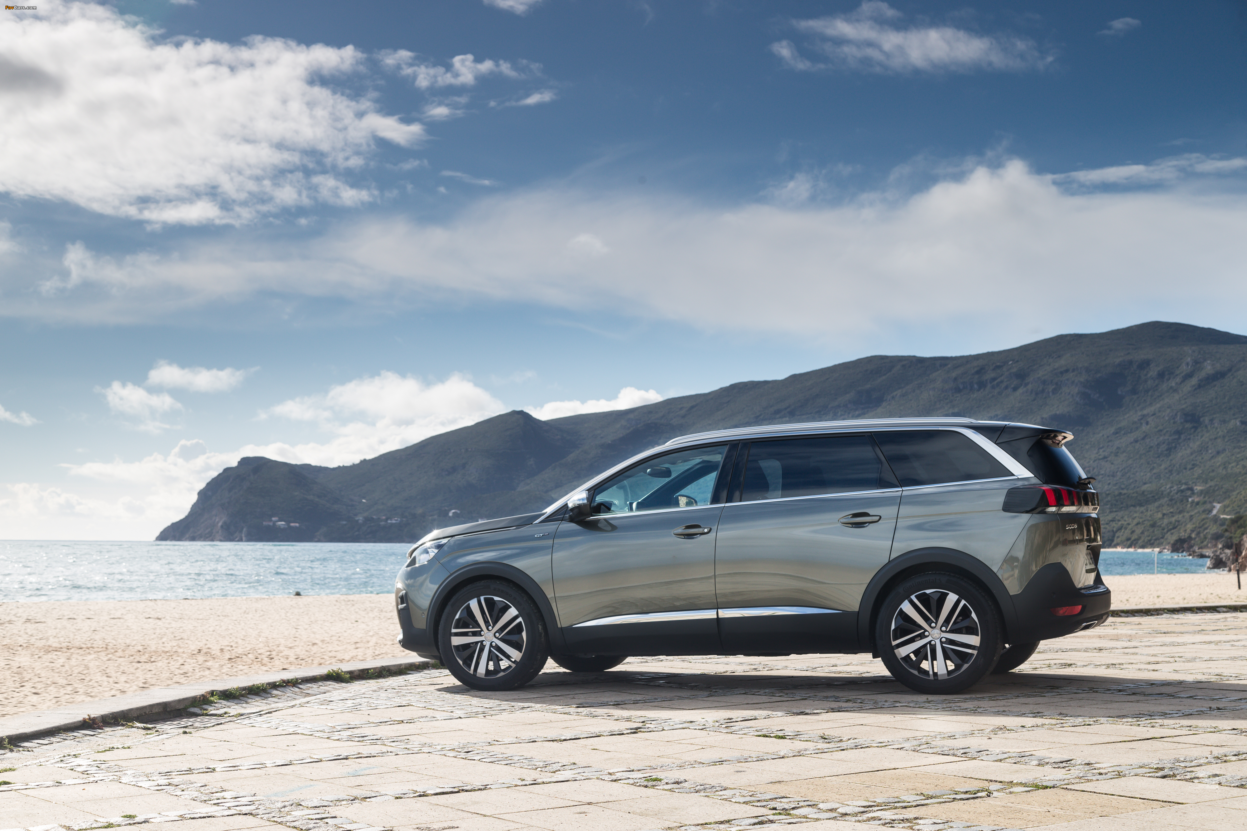 Pictures of Peugeot 5008 GT 2017 (4000 x 2667)