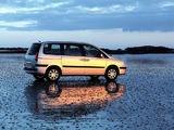 Peugeot 807 2002–07 photos