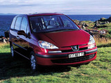 Peugeot 807 2002–07 pictures