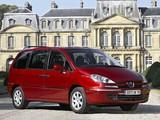Peugeot 807 2008 images
