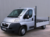 Photos of Peugeot Boxer Pickup UK-spec 2006