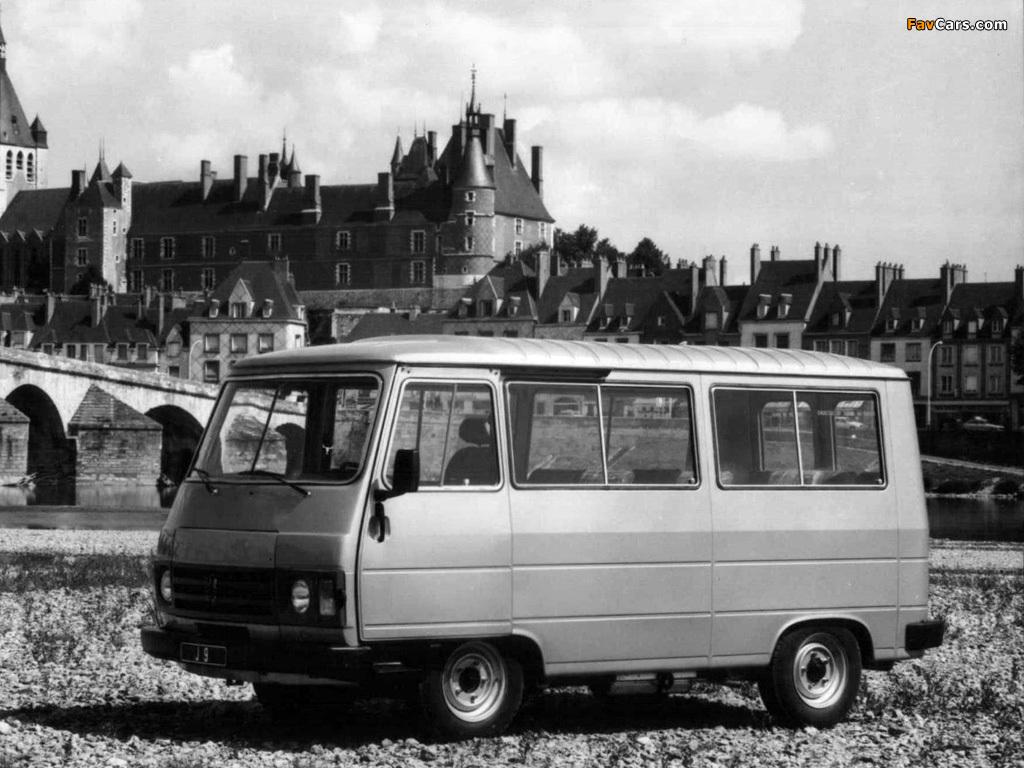 Photos of Peugeot J9 1980–87 (1024 x 768)