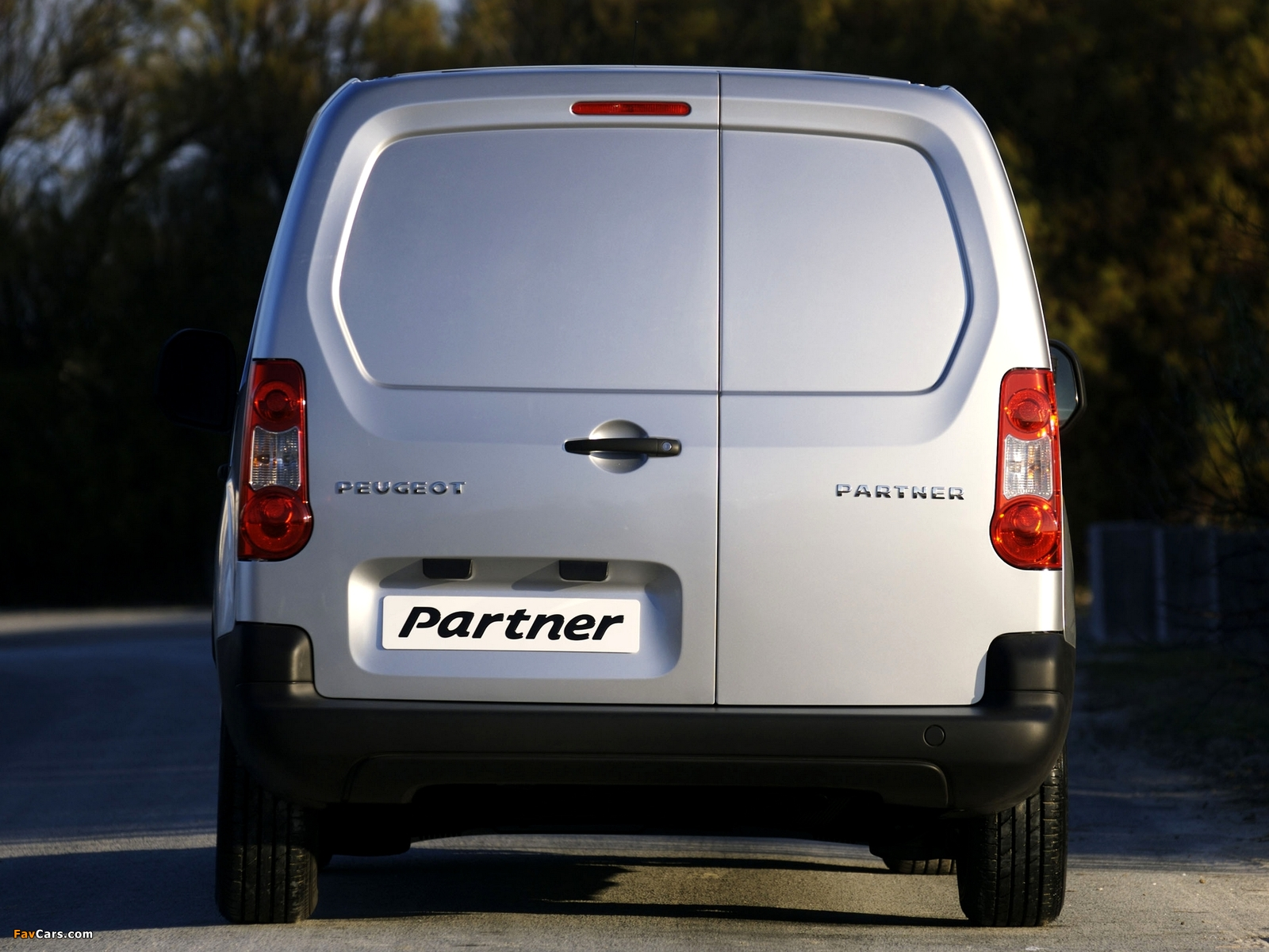 Peugeot Partner Van 2008–12 pictures (1600 x 1200)
