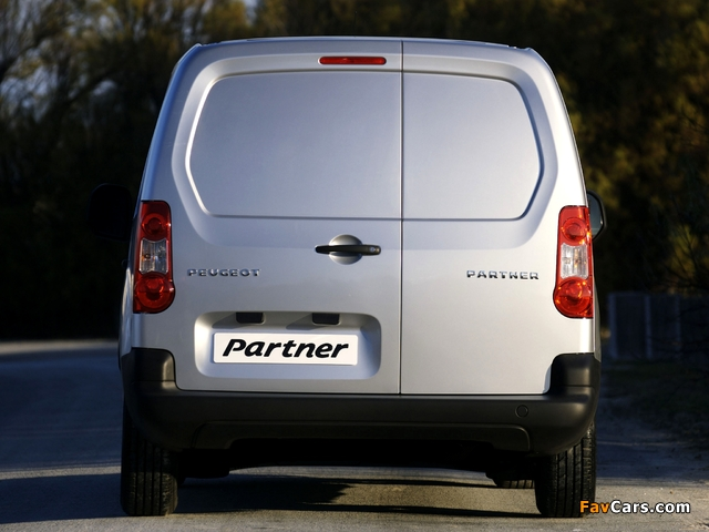 Peugeot Partner Van 2008–12 pictures (640 x 480)
