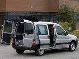 Photos of Peugeot Partner Combi 2002–08