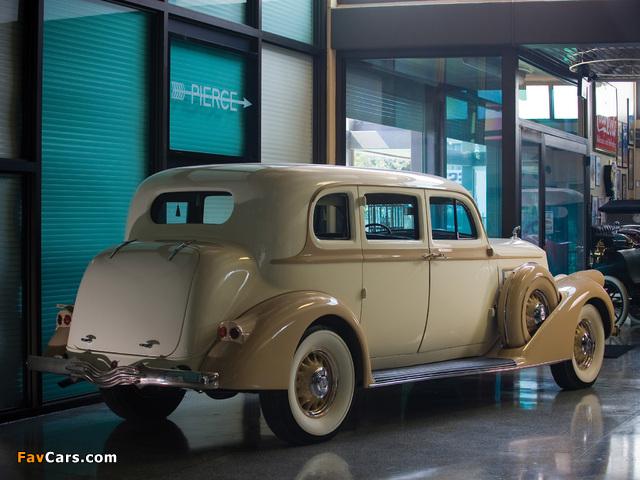 Pierce-Arrow Deluxe 8 Touring Sedan 1936 photos (640 x 480)