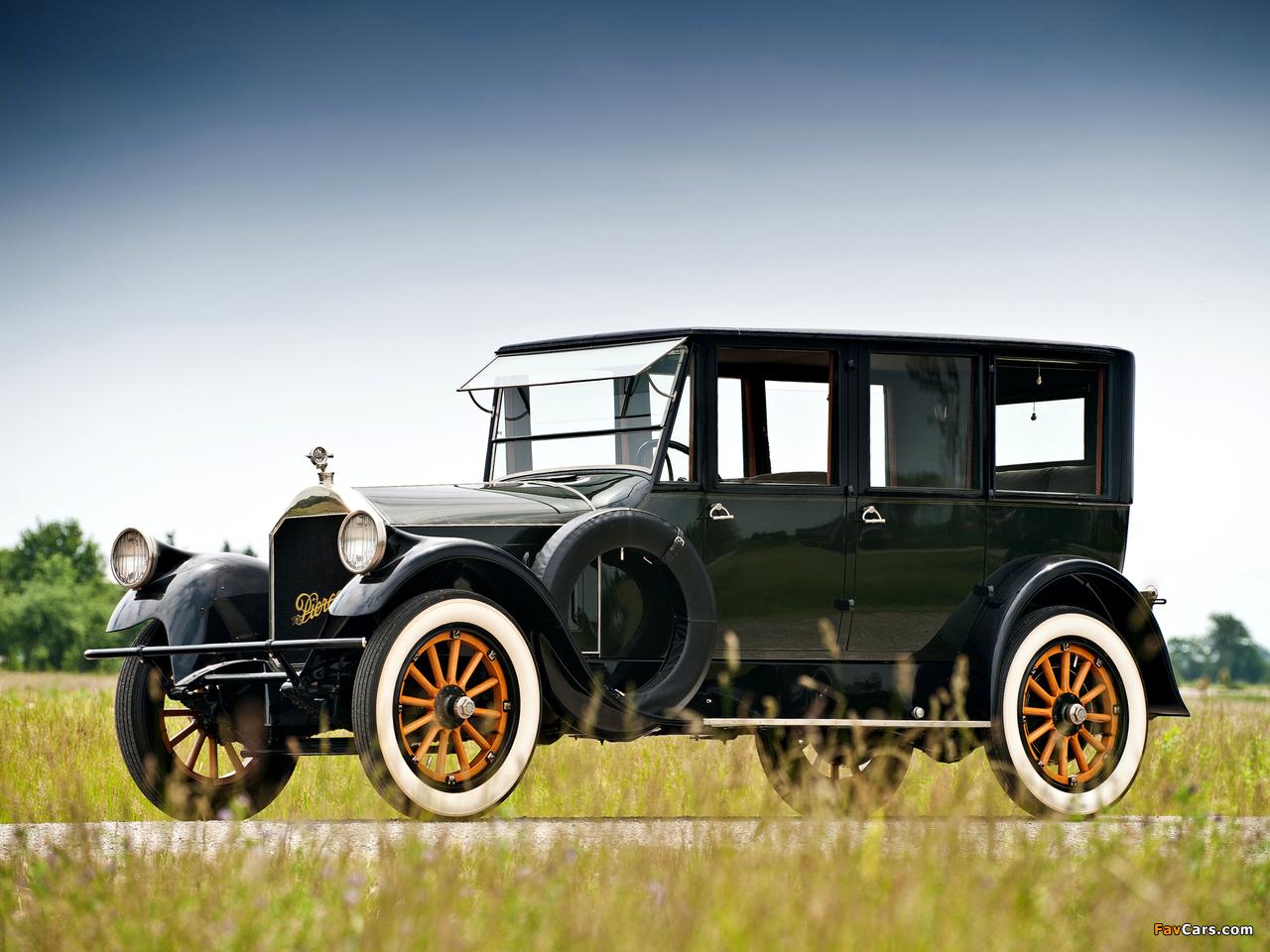 Photos of Pierce-Arrow Model 32 Sedan 1920 (1280 x 960)