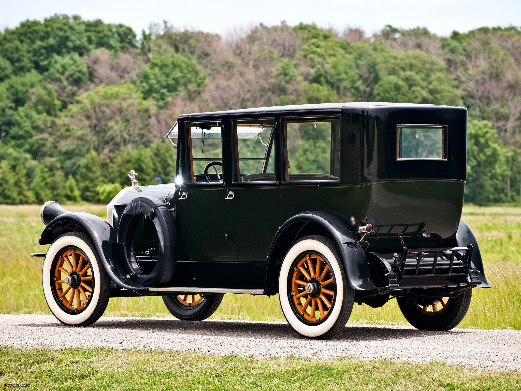 Pierce-Arrow Model 32 Sedan 1920 wallpapers (2048 x 1536)
