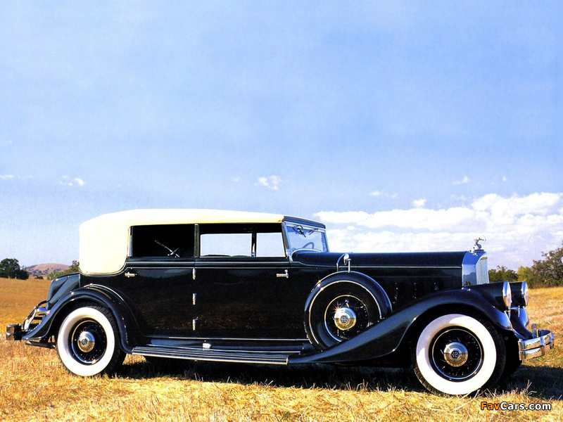 Images of Pierce-Arrow Twelve Convertible Sedan 1933 (800 x 600)