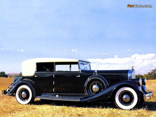 Images of Pierce-Arrow Twelve Convertible Sedan 1933 (640 x 480)