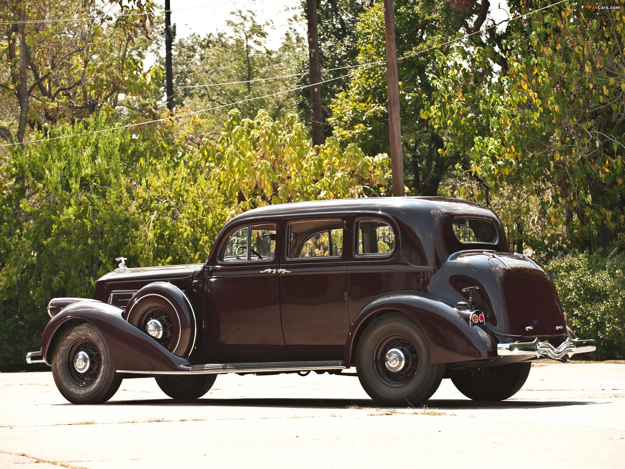 Pierce-Arrow Twelve 5-passenger Sedan 1936 pictures (2048 x 1536)