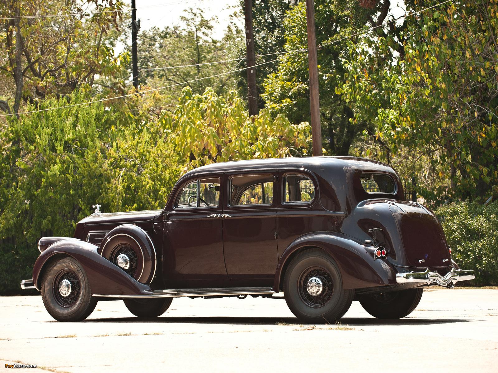 Pierce-Arrow Twelve 5-passenger Sedan 1936 pictures (1600 x 1200)