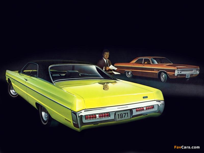 Photos of Plymouth Fury III 2-door Formal Hardtop & Fury III 4-door Sedan 1971 (800 x 600)