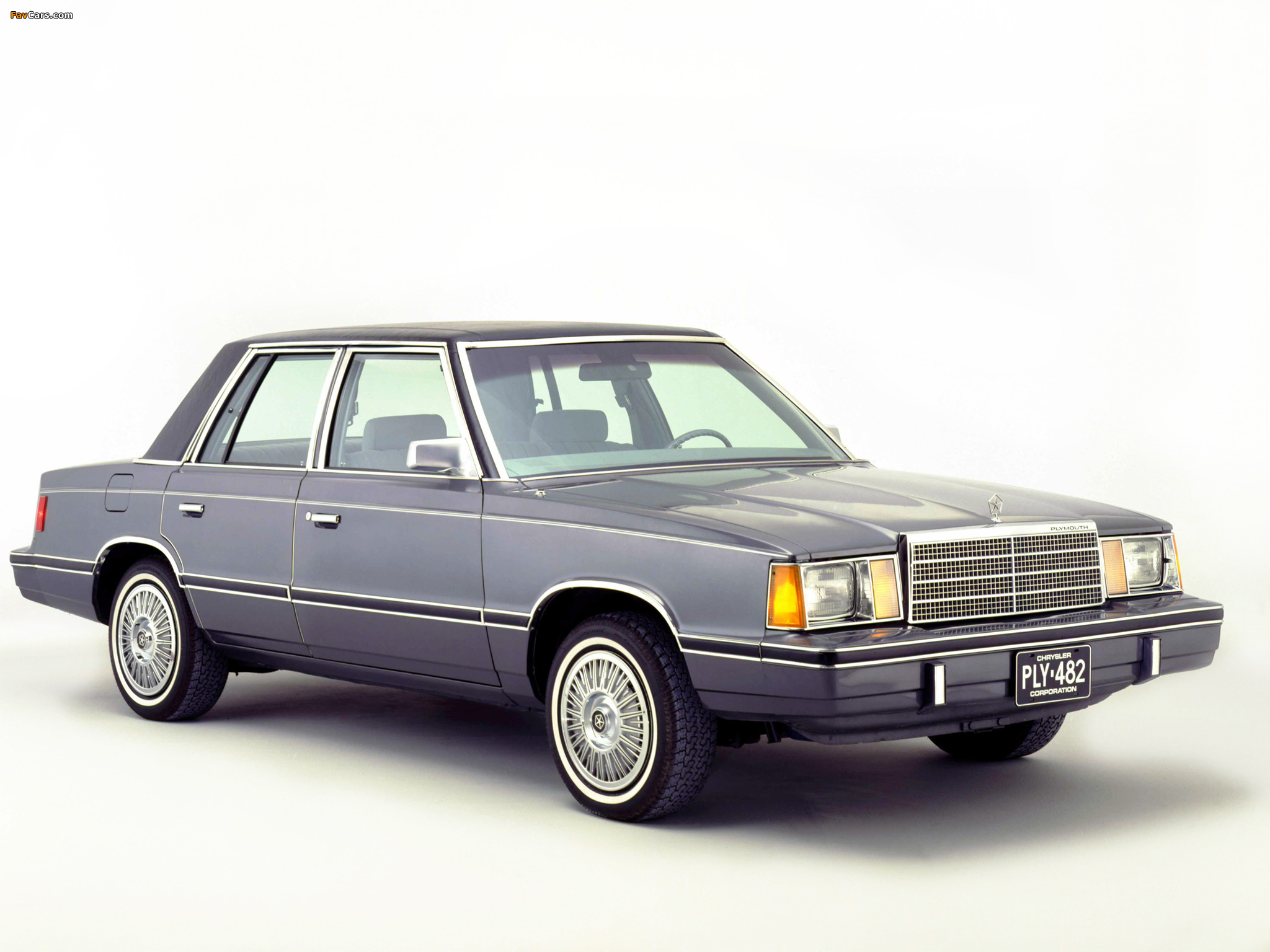 Plymouth Reliant 1981–85 images (2048 x 1536)