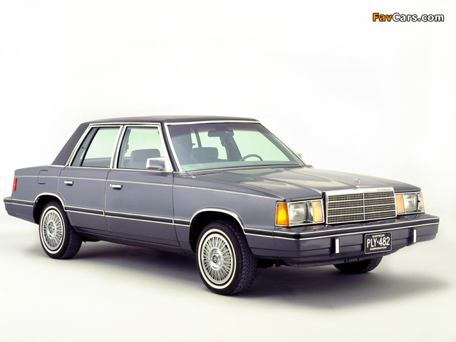 Plymouth Reliant 1981–85 images (640 x 480)