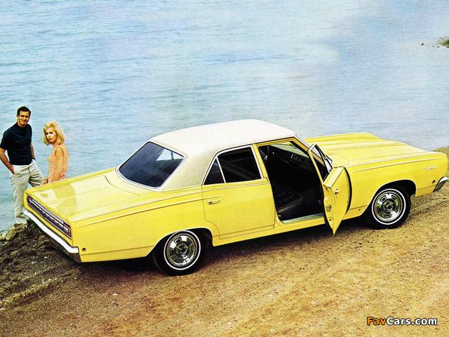 Pictures of Plymouth Satellite 4-door Sedan 1968 (640 x 480)