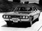 Pictures of Plymouth Satellite Custom Sedan (RH41) 1971