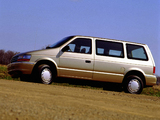 Plymouth Voyager 1991–95 images