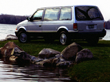 Plymouth Voyager 1991–95 wallpapers