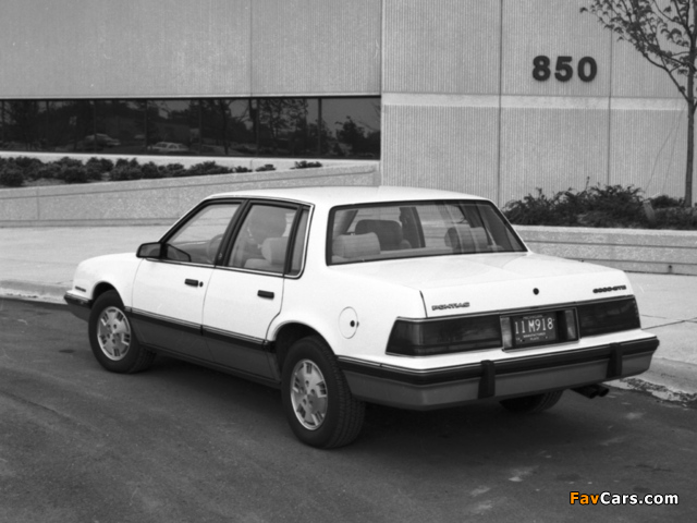 Pontiac 6000 STE 1983–87 images (640 x 480)