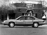 Images of Pontiac Bonneville SE 1992–95