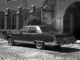 Pontiac Bonneville Brougham Sedan 1978 pictures